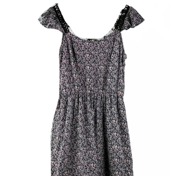 Charming Charlie cottagecore flutter sleeve dress
